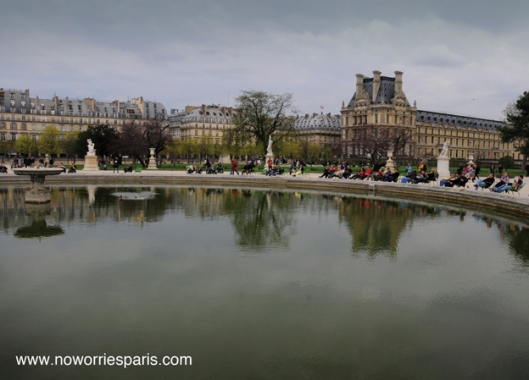 tuileries_pond