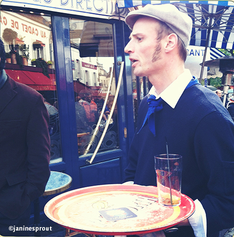 waiter Montmartre