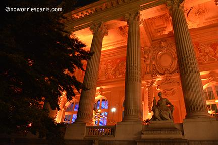 grand palais Night