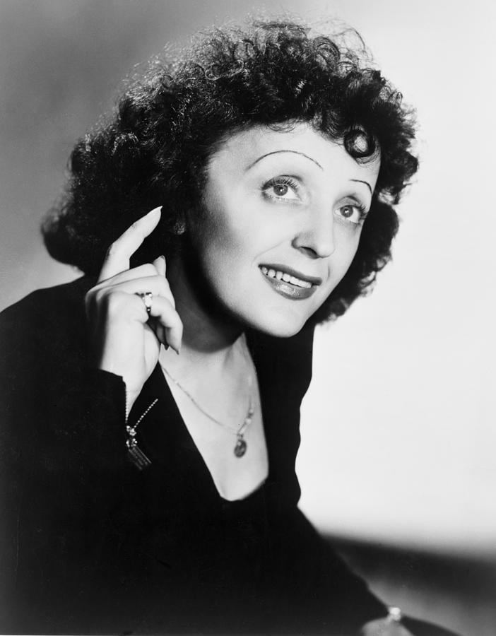 Edith Piaf Singing Mus e Edith Piaf